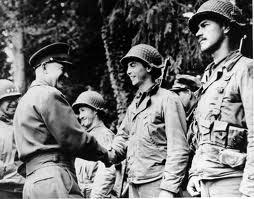 Ike sempre esteve em contato com suas tropas