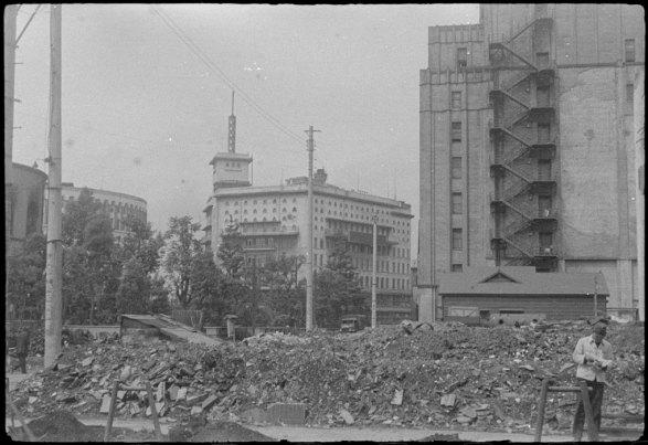 Destruição de Tóquio - A cidade destruida pelo bombardeios americanos