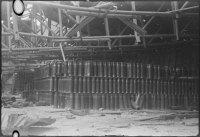 Armazém cápsulas de 105 milímetros nos arredores do porto de Kure