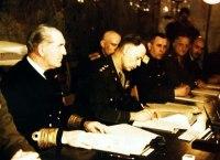 Gen. Smith assina para os EUA