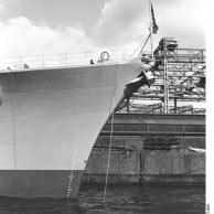 Instalação de 5,9 polegadas armas para o Bismarck, Hamburgo, Alemanha, 10-15 dezembro 1939