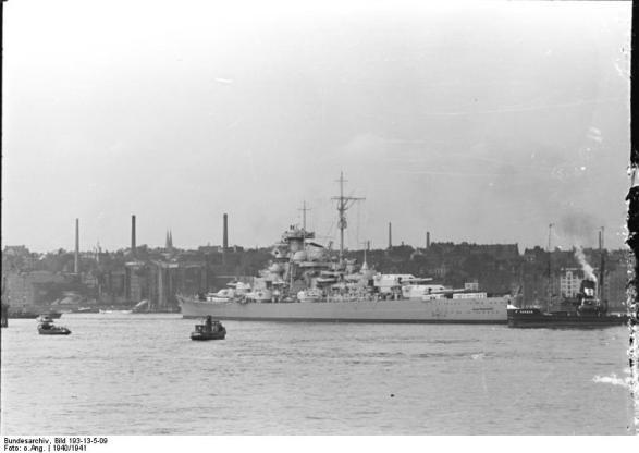 Battleship Bismarck no porto, 1940-1941, foto 3 de 3