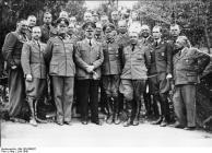 """""""Wolfsschanze"""", Adolf Hitler mit Stab"""