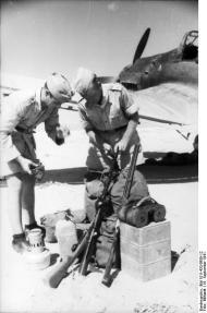 Nordafrika, Überprüfung von Stuka-Ausrüstung