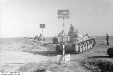 Nordafrika, Panzer II in Fahrt