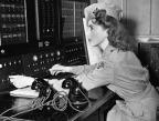 Central de emergência na Califórnia, em 03 de janeiro de 1942. (AP Photo)