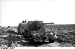 Nordafrika, Transport eines Flak-Geschützes