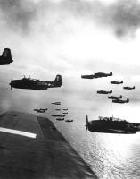 US Navy planes preparing to bombJapan.