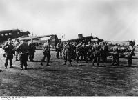 Griechenland, Korinth, deutsche Fallschirmtruppen