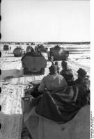 Russland, Schützenpanzer und Panzer imWinter