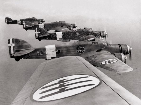 Bombardeiros italianos 303  sobre a África