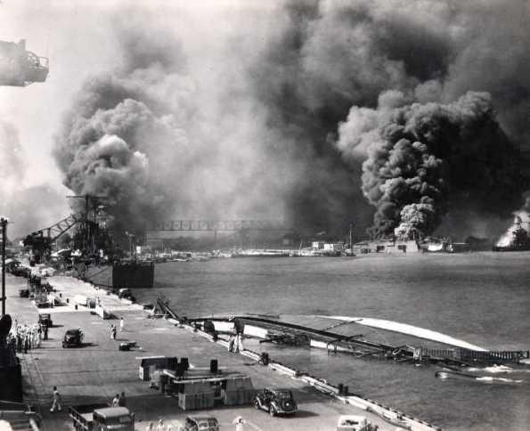 Ataques a Pearl Harbor