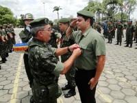 Tenente Rogério - Presidente da AORE recebe a Medalha Aspirante Mega do General Aguiar