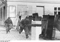 Pommern, Wollin, Infanterie bei Straßenkämpfen