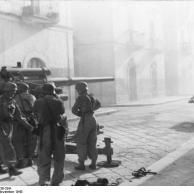Italien, Fallschirmjäger mit Flakgeschütz