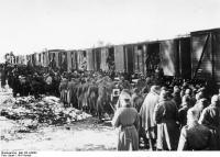 Zug mit sowjetischen Kriegsgefangenen