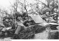Ardennenoffensive, Soldaten in Schützenpanzer