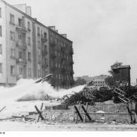 Warschauer Aufstand, Raketenwerfer-Einsatz