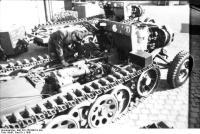Bau von Zugkraftwagen 3t (Sd.Kfz.11)