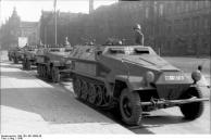 Berlin, Unter den Linden, Schützenpanzer