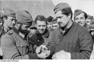Russland, Cholm, Verwundeter