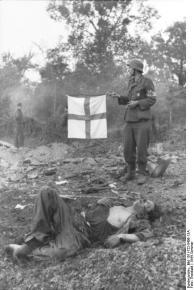 Frankreich, verwundeter/gefallener Soldat, Sanitäter