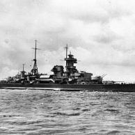 """Schwerer Kreuzer """"Admiral Hipper"""""""