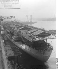"Flugzeugträger ""Graf Zeppelin"", Bau"