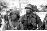 Holland, Gruppe von Soldaten (Fallschirmjäger)