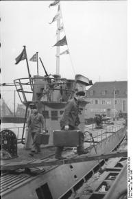 Wilhelmshaven, U-Boot-Männer gehen an Land