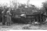 Villers-Bocage, zerstörter Cromwell-Panzer