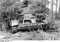 Ostfront, Reparatur eines Panzer IV