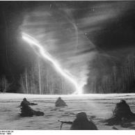 Russland, Nachtkampf, Soldaten im Schnee