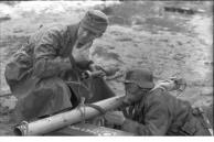 Russland, Soldat mit Panzerabwehrwaffe