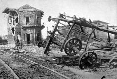Estação de Trem destruída próximo a Darshaw.