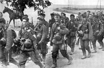 Tropas alemães em constantes avanços